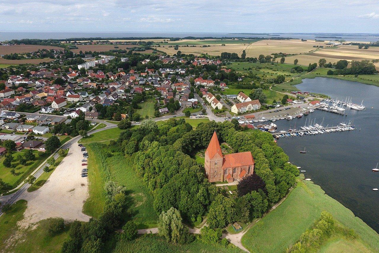 Kirchdorf auf der Insel Poel an der deutschen Ostseeküste